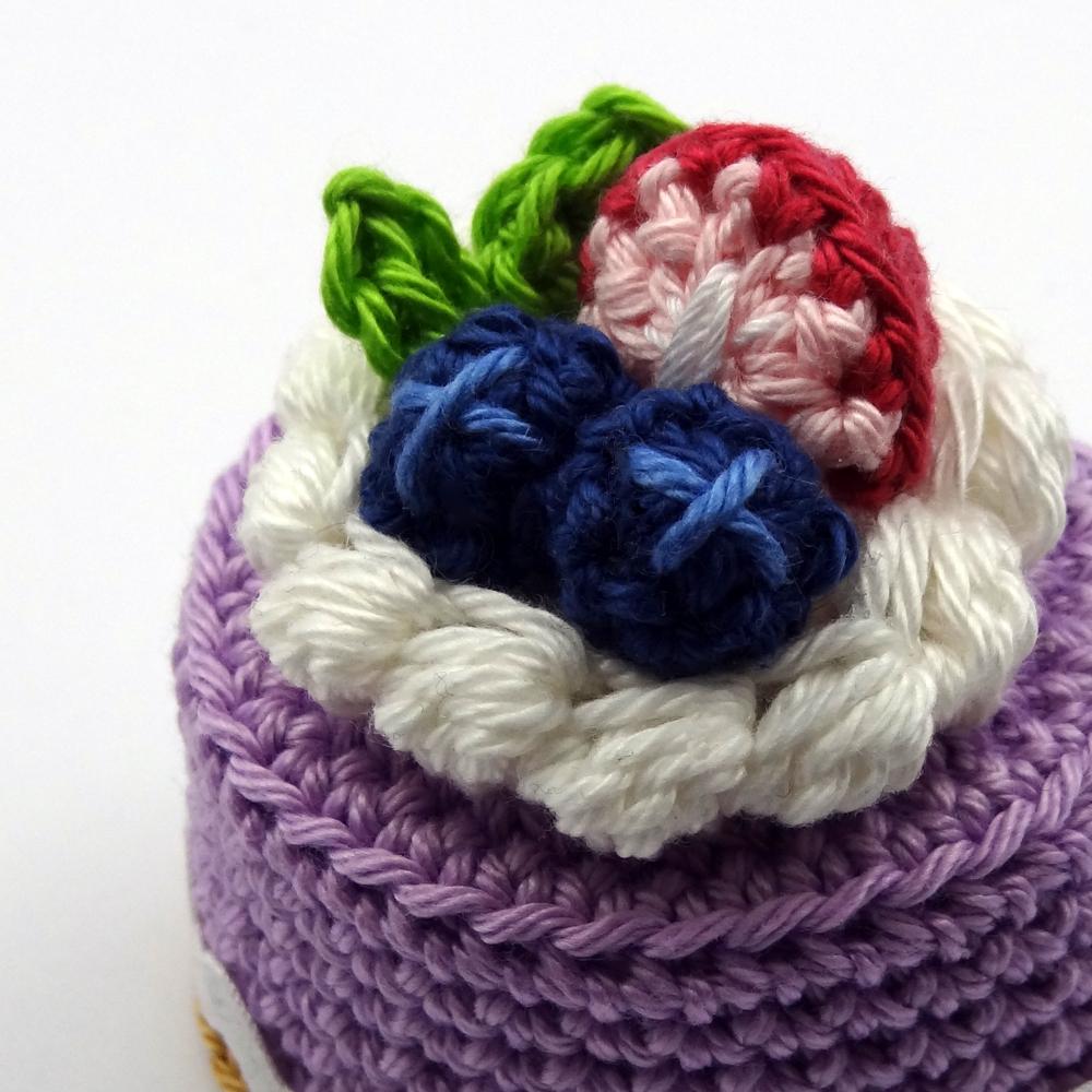 spring-berry-cake4